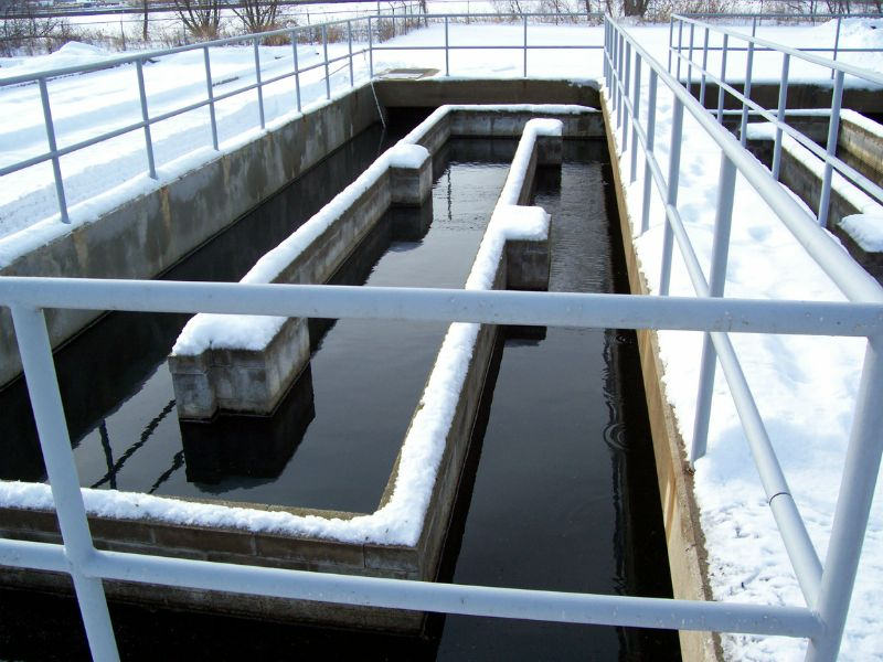 Wastewater plant chlorine contact chamber