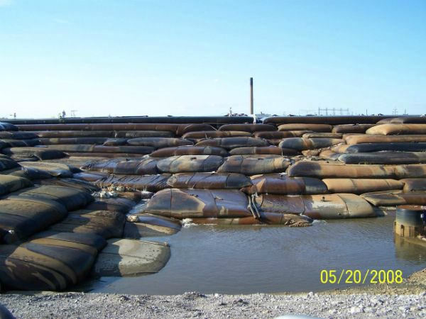 Geotextile tubes stacked in 10 layers