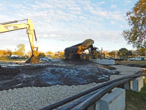 Elutriate draining from mechanically dredged sediment