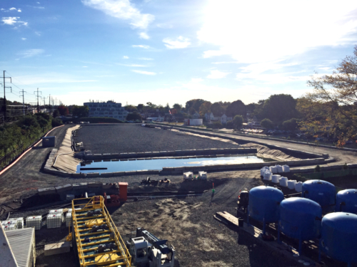 Overview of site during construction, prior to the start of dredging