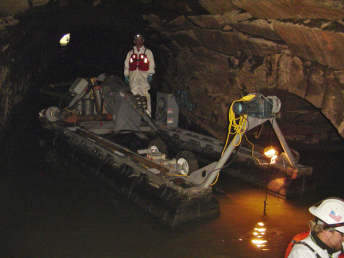 Dredging in the subsurface raceways